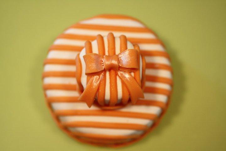 cake stripe orange