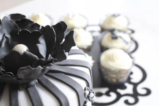cake black & white cupcakes macaron