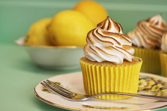 cupcake lemon meringue